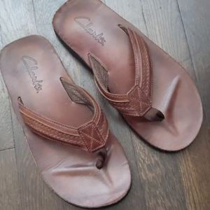 Clark's men's brown leather flip flop sandals